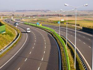 droga w wypozyczonym samochodzie