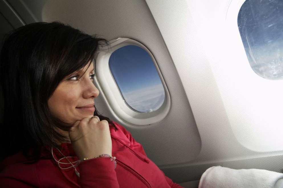 wypozyczenie-samochodu-z-lotniska-kierowca